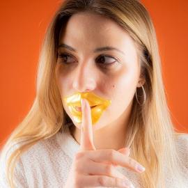 Masque lèvres collagène or IDC masque posé sur les lèvres
